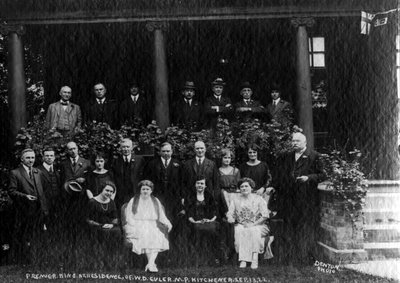 Mackenzie King and others at the residence of William Daum Euler, Member of Parliament, on 13 September 1922