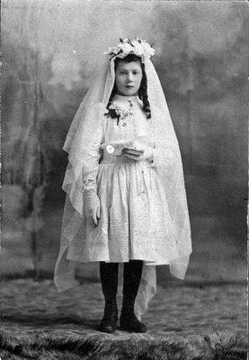 Première communion à Donalda Gagnon