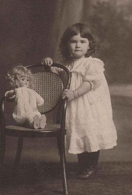 Doris Paige 1910-1917