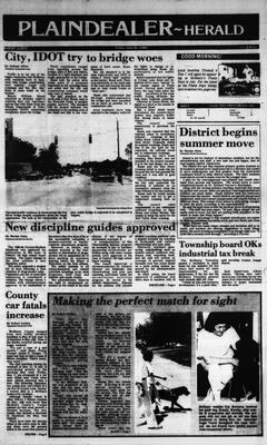 McHenry Plaindealer (McHenry, IL), 21 Jun 1985