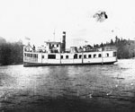 The Glenada with Passengers, Magnetawan River, circa 1930