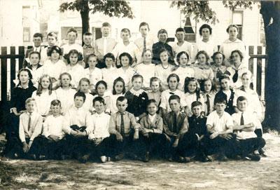 School Class in Magnetawan, circa 1910