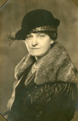 Bertha Jane Arthurs Golden, circa 1910