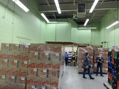 Newmarket Food Pantry receives hampers from the Ontario Government