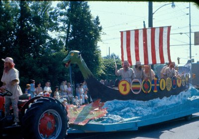 "<font color=""white"" face=""verdana"">Viking float at the Centennial parade"