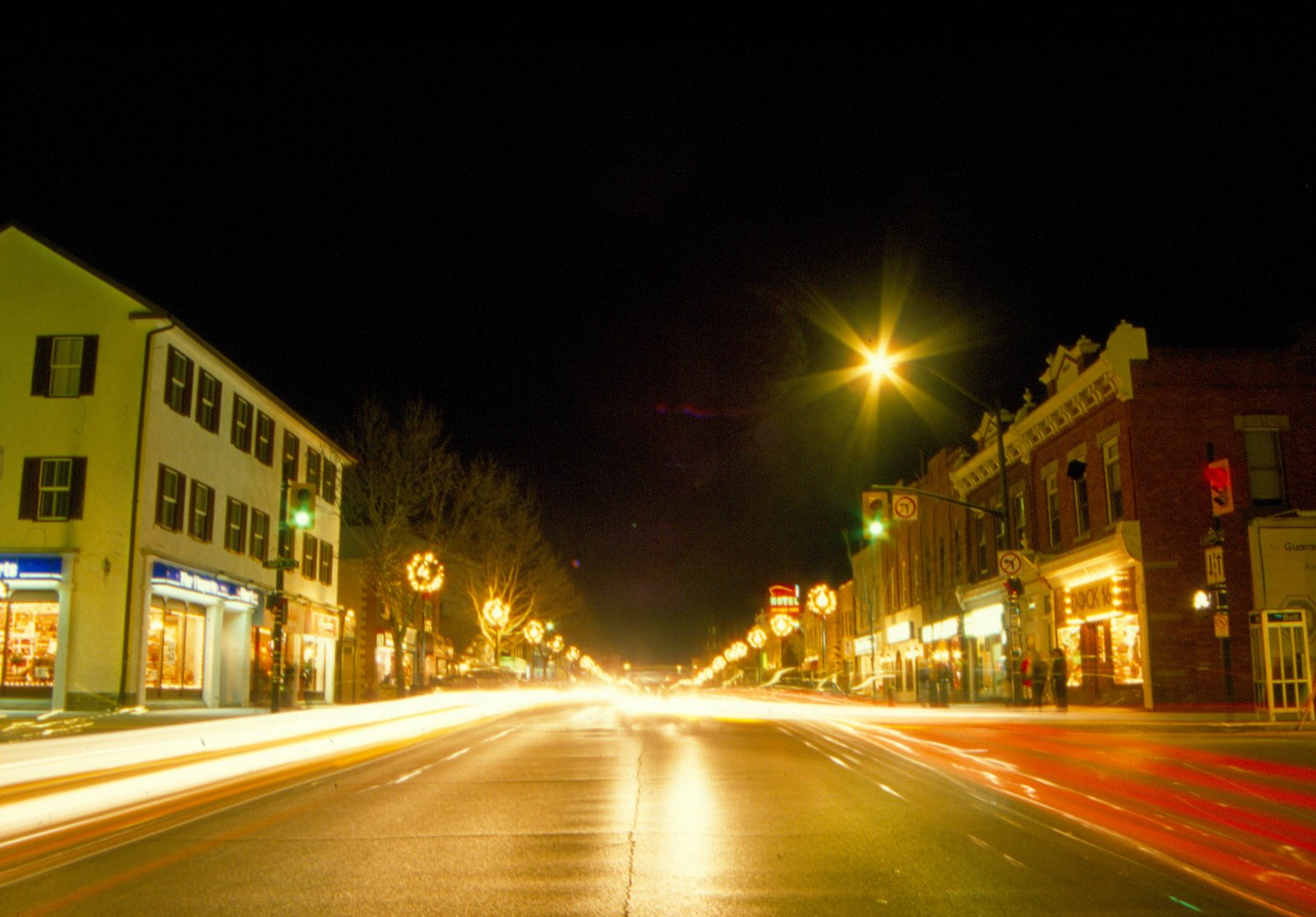 Lakeshore & Navy, Downtown Oakville