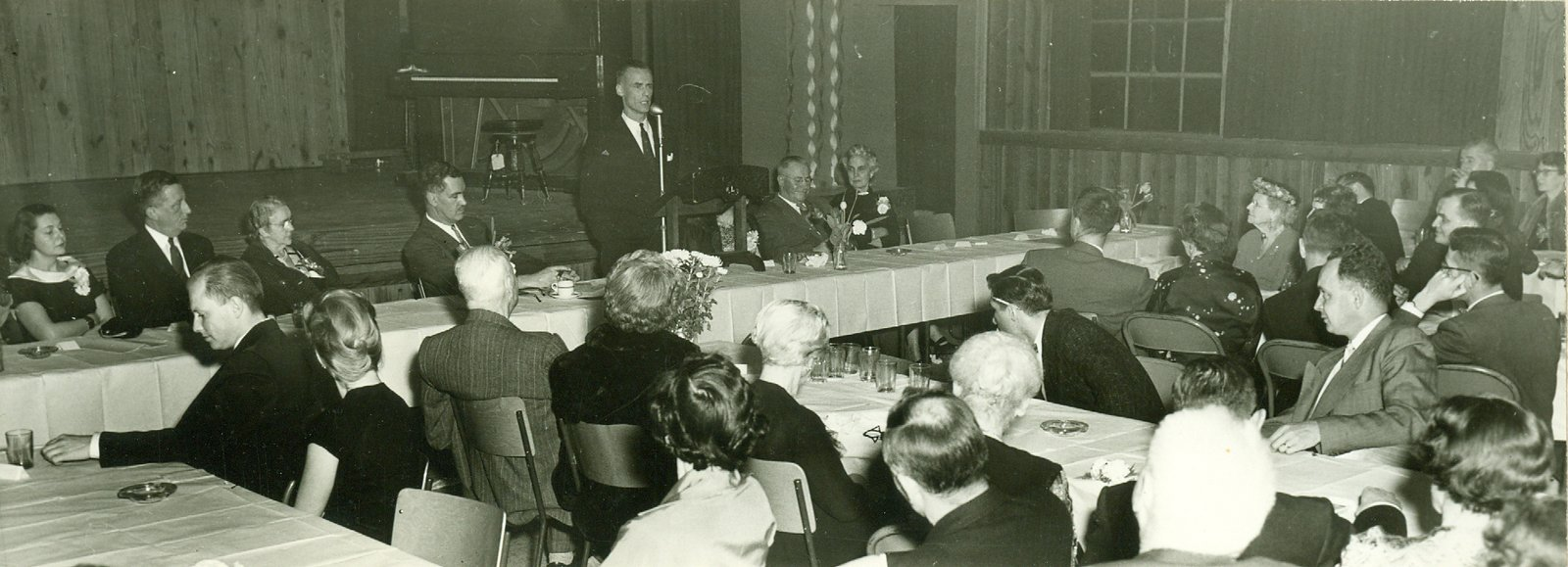 Banquet in the Pine Room