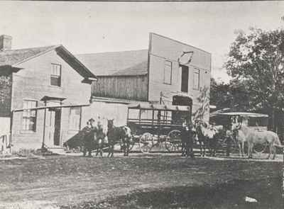 Hillmer's Bus and Livery stable