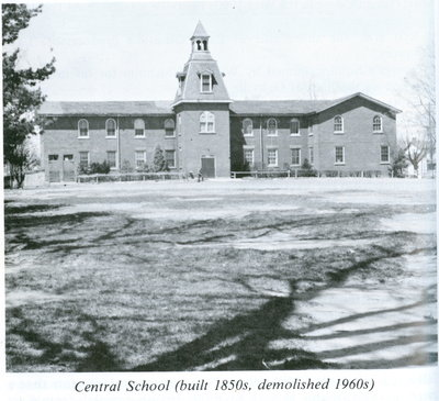 Oakville Public School
