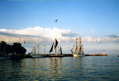 Blanchard Family - Tall Ships in Bronte Harbour