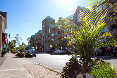 Stoneboat Quay Condominiums on Bronte Road.<br>Image Courtesy of Bronte BIA
