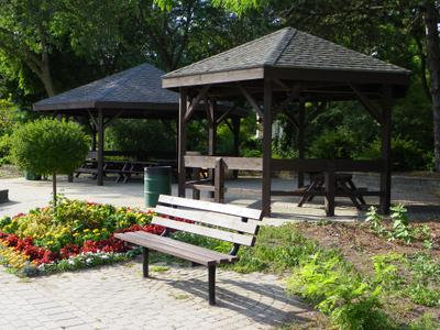 Busby Park, 128 Water Street