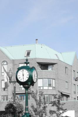 Oakville downtown clock