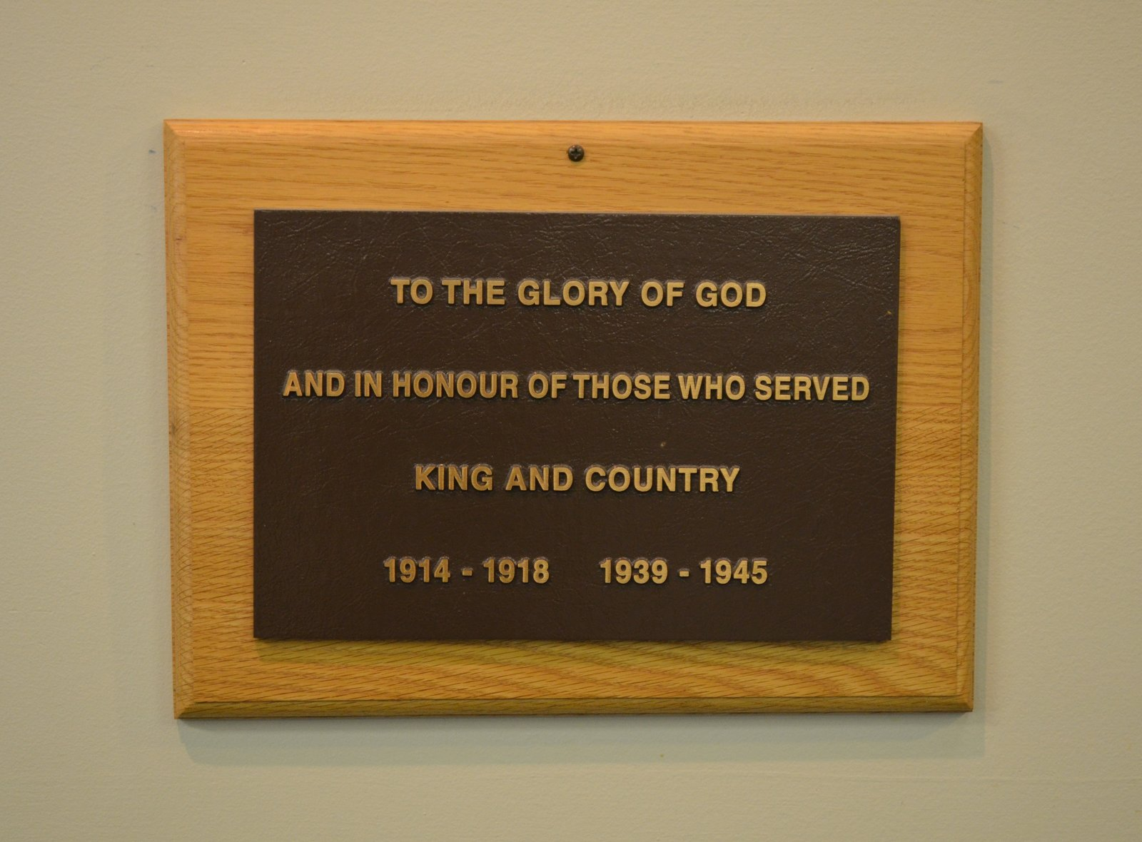 Old cenotaph plaque at the Bronte Legion