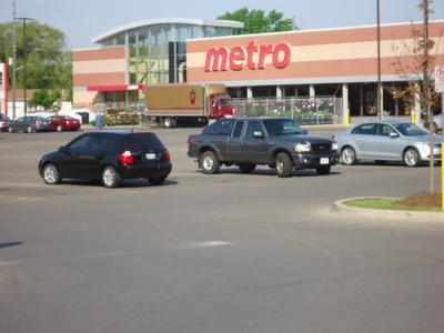 Metro - South Oakville Centre