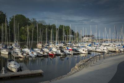 Boats in Oakville Harbour