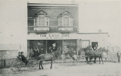 """Postcard of the D. S. Vincent """"Cash Store,"""" Perry Township, circa 1900"""