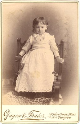 Cabinet photo of a little girl