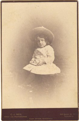 Photograph of an unidentified girl