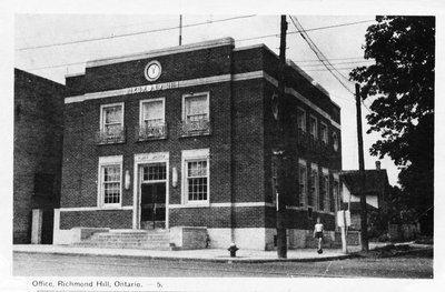 Post Office in Richmond Hill