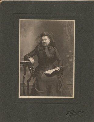 Mennie Armstrong