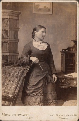 Photograph of unknown woman