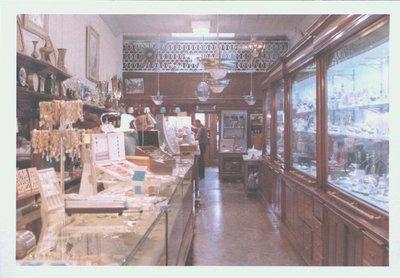 D.F. Smith Jewellers, 135 St. Paul Street