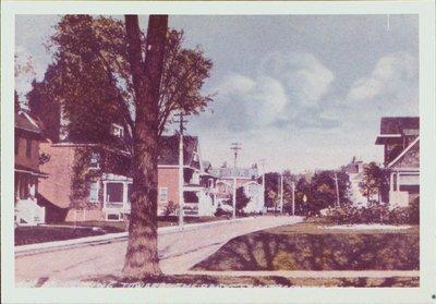 College Street looking towards the park (Montebello)