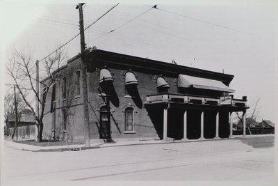 Merritton Inn / Ricci's Tavern