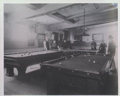 Wellington Hotel Billiards Room