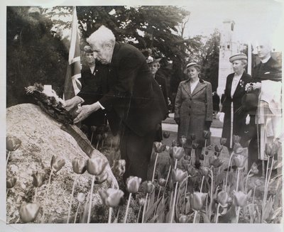 The Laying of a Wreath at the U.E.L. stone in Memorial Park