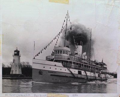 """""""Dalhousie City"""" in Port Dalhousie Harbour"""