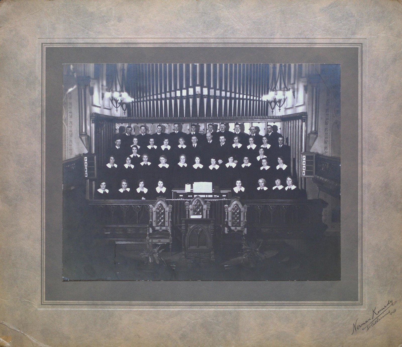 Welland Avenue United Church Choir