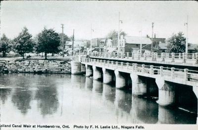 The Welland Canal Weir at Humberstone