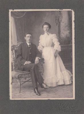 Studio photograph of Bob Howard and Bertha (Johnston) Howard, Smiths Falls