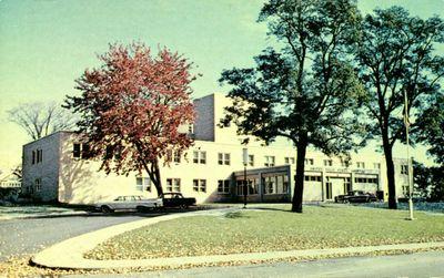 Chambers Memorial Hospital, Smiths Falls postcard, ca. 1960