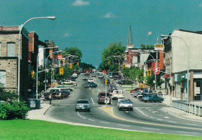 Beckwith Street looking north, Smiths Falls postcard