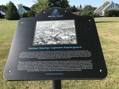 Postwar housing plaque, Smiths Falls