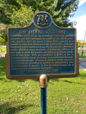 Rideau Waterway plaque, Smiths Falls