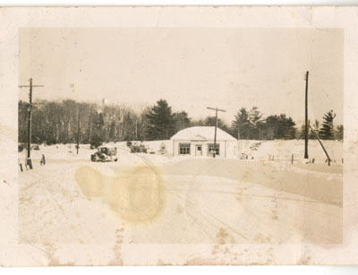 Humphrey Grocery Store in the Winter