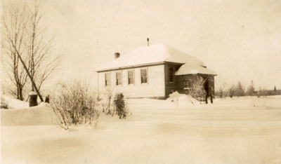 Hamilton Lake School in the Winter, circa 1934