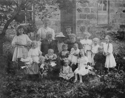 The Hawthorne Family, circa 1906