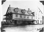 The Old Queen's Hotel, South River, circa 1900