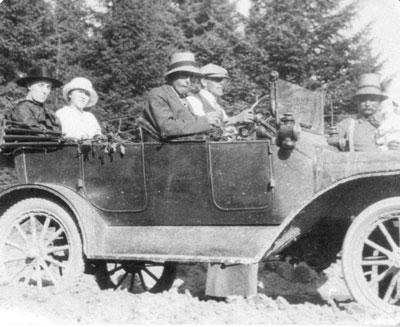 Model-T going to Eagle Lake, circa 1914