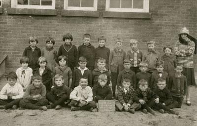 Miss Arnold's South River Public School Class, 1927