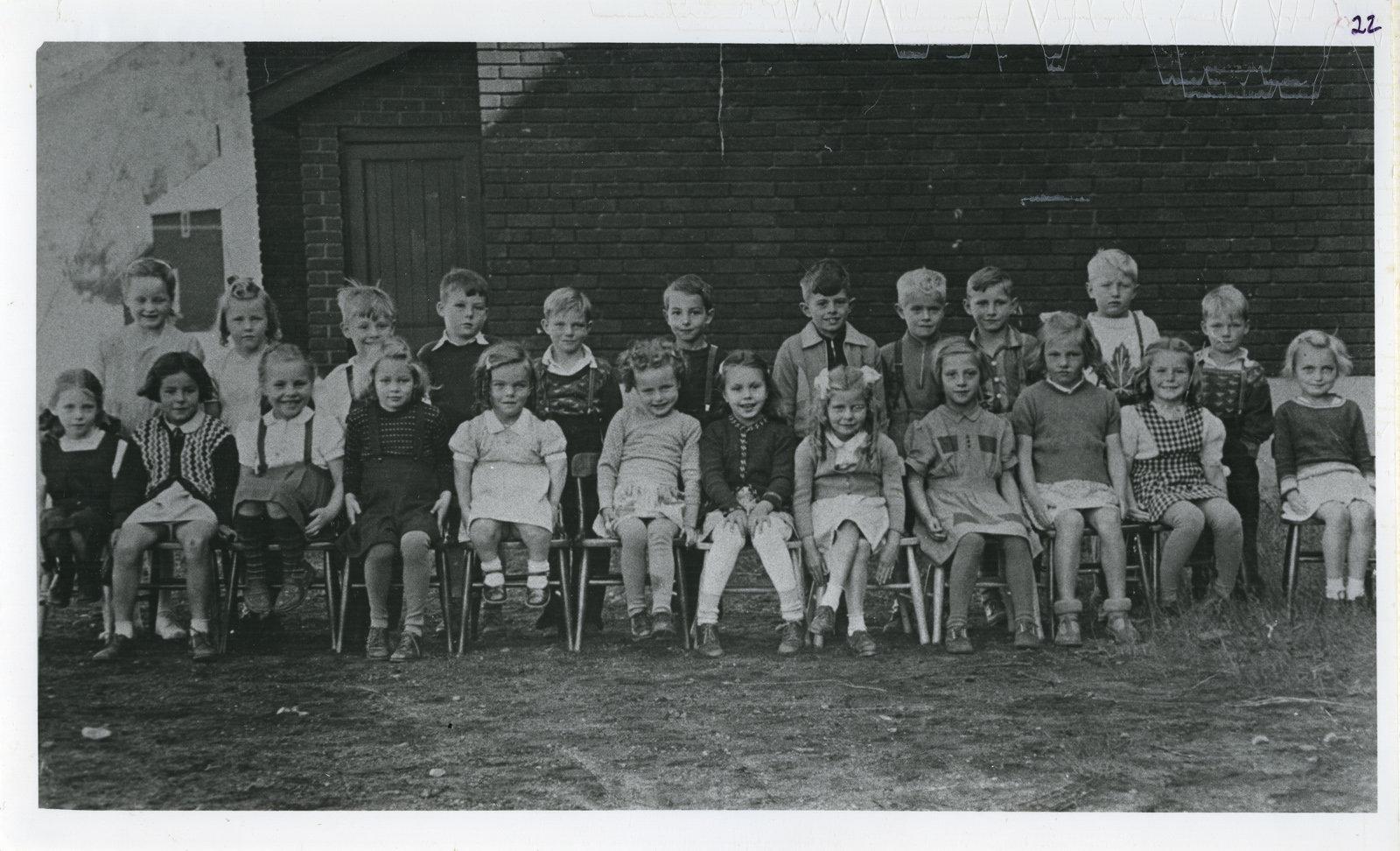 Schreiber Public School Class 1947-1948