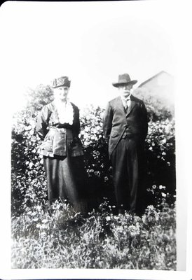 Thomas and Charlotte McHugh, about 1925