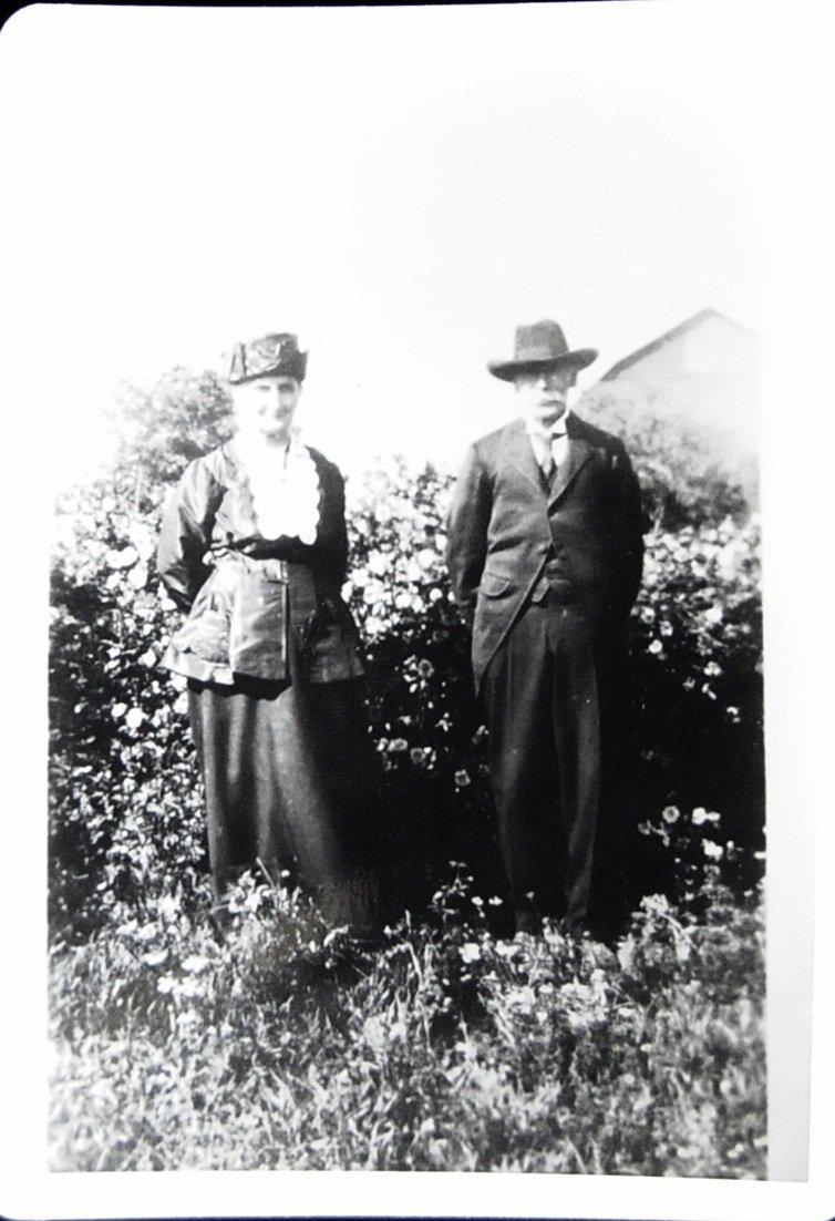 Thomas and Charlotte McHugh, about 1925