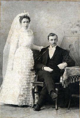 Hannah & John Bussell's Wedding Photograph