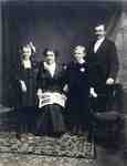 The John and Hannah Bussell Family, 1910.